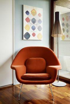 Eero Saarinen designed the Womb Chair at Florence Knoll's request ~ groundbreaking design!