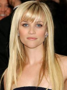 Reese Witherspoon. Thinking of getting my hair cut like this =o)