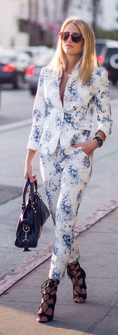 ♥White Floral Suit