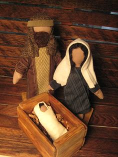 Fabric Nativity set sold on Etsy. I really like the manger. I think K would like one to play with.