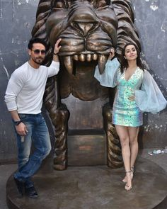 Famous Indian Actors, Indian Celebrities, Bollywood Celebrities, Bollywood Stars, Bollywood Fashion, Tiger Shroff Body, Shraddha Kapoor Cute, Most Beautiful Bollywood Actress, Indian Fashion Trends