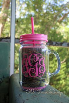 Pink Mossy Oak Camo Acrylic Mason Jar Sipper by OldTrace on Etsy, $21.00
