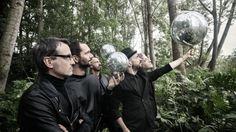 """La band torinese risponde con un'unica e definitiva replica alle polemiche di questi giorni. Lo fa con un racconto dettagliato: """"Per un pugno di"""