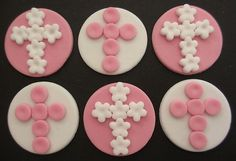ANY COLOUR Edible Cross Discs PERFECT for Christening CAKE TOPPERS DECORATION