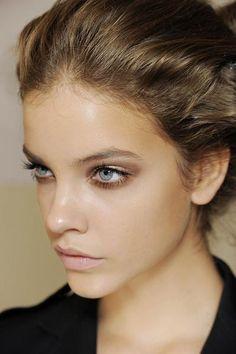 Beautiful dewy skin: Barbara Palvin. #makeup #beauty #skin