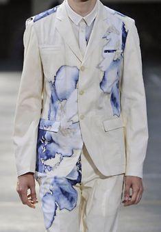 Spring Fashion Tips stylesight: Kenzo Menswear S/S Fashion Tips stylesight: Kenzo Menswear S/S 11 Fashion Moda, Look Fashion, Fashion Details, Fashion Art, Runway Fashion, High Fashion, Fashion Show, Womens Fashion, Fashion Design