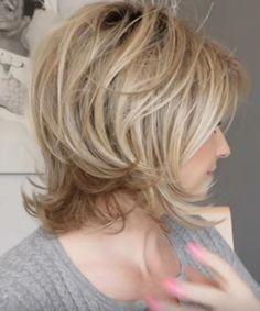 shortlayeredbobhaircuts Coiffure cheveux mi long