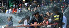 La Festa dell'acqua in Birmania