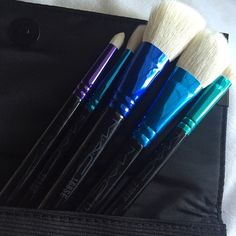 BRAND NEW MAC makeup brush set with case Never used, brand new in case. From their holiday 2015 collection. 5 brushes with case. Super convenient for travel. Selling because I already have plenty of Mac brushes. They're the best! MAC Cosmetics Makeup Brushes & Tools
