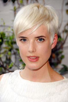 Agyness Deyn http://www.harpersbazaar.com/beauty/hair-articles/top-pixie-style-haircuts#slide-14