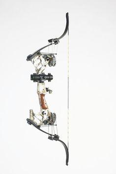 Oneida Kestrel compound bow, dream bow