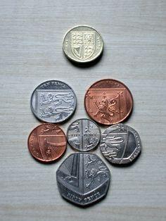 1p, 2p, 5p, 10p, 20p, 50p, £1 or 1 quid.