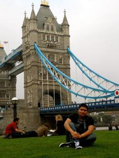 How to Choose a Study Abroad Program