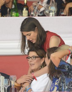 Carlota Casiraghi y Carolina en el Longines Global Champions Tour de Monaco