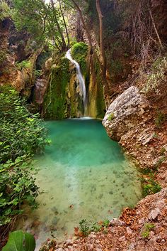 ✯ The Hidden Waterfall - Kythira, Attiki, Greece