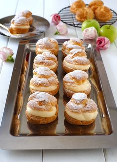 Easy Sweets, Sweets Recipes, Fancy Desserts, Cookie Desserts, French Deserts, Choux Cream, Cafe Food, French Pastries, Pastry Cake