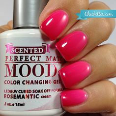 Have you seen or heard about LeChat's newest product? Rosemantic is a brand new limited edition SCENTED mood gel polish! The rose scent is pretty s… Mood Changing Nail Polish, Mood Gel Polish, Gel Polish Colors, Uv Gel Nail Polish, Gel Color, Glam Nails, Fancy Nails, Pretty Nails, Nail Care Tips