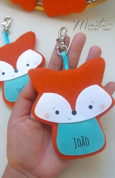 Lembrancinha Raposinha Fox Decor, Baby Decor, Baby Shawer, Baby Love, Juegos Baby Shower Niño, The Kissing Hand, Fox Party, Paper Mobile, Kids Daycare