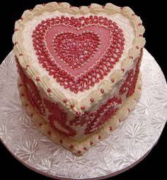 Valentine cake with pretty cake decor patterns in red.PNG on We Heart It. http://m.weheartit.com/entry/15605320