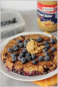 Feed Me Better: Pokaż śniadanie: dietetyczny placek owsiany. Diabetic Recipes, Low Carb Recipes, Cooking Recipes, Helathy Food, Healthy Sweets, Sweet Recipes, Food To Make, Good Food, Breakfast Recipes