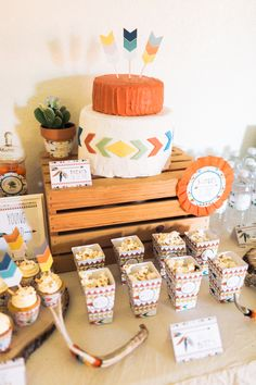 Tribal Pow Wow First Birthday Party | Event Planning, Styling & Design: Manna Sun Events | www.mannasunevents.com |  Photo: Stella Yang Photography