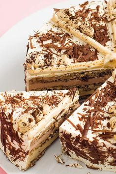Iced cake with coffee and Eierlikör✓ Top recipe and gelingsicher✓ Not only in summer, ice cream cakes on Genuss✓ verpoorten. Latte Macchiato, Top Recipes, Cake Recipes, Latte Flavors, Vegan Wedding Cake, Summer Ice Cream, Ice Cake, Eggnog Recipe, Coffee Ice Cream