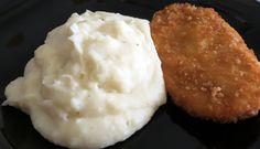 Imagem Mashed Potatoes, Ethnic Recipes, Brining Pork Chops, Black Forest Cake, Sour Cream Mashed Potatoes, Ethnic Food, Whipped Potatoes, Smash Potatoes