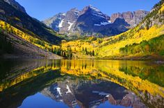 Aspen. View on the Maroon Bells, Colorado, USA.