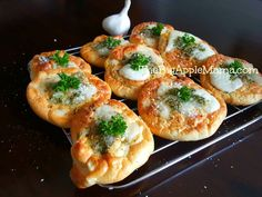 delicious garlic bread (Cloud bread with no carbs) melts in your mouth