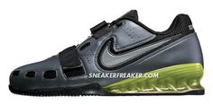 Nike Romaleos II weightlifting shoe