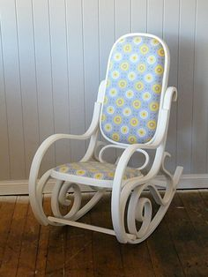 Another Bentwood Rocker revamp! This time in classic white with the seat upholstered in light grey and lemon. The frame was wax sealed.