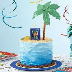 Decorate a pirate cake with fondant and Jake and the Neverland Pirates birthday candles. They'll love getting marooned on this island cake with brown sugar sand. Pirate Birthday Cake, Pirate Party, 5th Birthday, Birthday Ideas, Palm Tree Cakes, Jake Cake, Island Cake, Beach Cakes, Summer Cakes