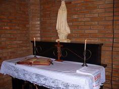 Domestica Ecclesia - O blog da Igreja doméstica: Altares domésticos