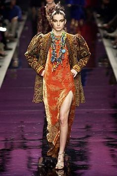 Ungaro Couture Fall 2002 Couture Collection Photos - Vogue