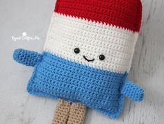 Patriotic Popsicle Crochet Cuddle Buddy - Repeat Crafter Me - http://www.repeatcrafterme.com/2017/06/patriotic-popsicle-crochet-cuddle-buddy.html