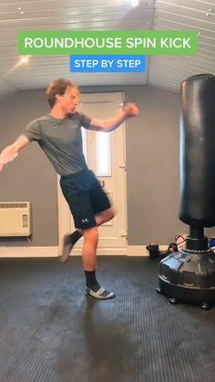 Kickboxing Workout, Gym Workout Tips, Workout Videos, Taekwondo, Mixed Martial Arts Training, Martial Arts Workout, Self Defense Moves, Self Defense Martial Arts, Dancer Workout