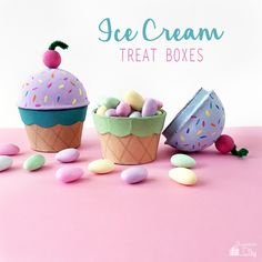 I'm here today with a quick and easy DIY project for making Ice Cream Cone Treat Boxes! These are so adorable and perfect for party favors or for just giving a special treat to Diy Ice Cream, Ice Cream Treats, Ice Cream Toppings, Ice Cream Party, Ice Cream Balloons, Sundae Cupcakes, Vintage Ice Cream, Ice Cream Social, Best Candy