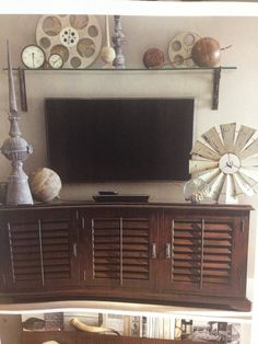 1000 images about tv walls on pinterest tv walls tvs for Above tv decor