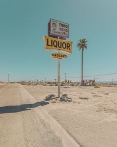 Southern California: Spectacular Abandoned Photography by Ben Geier Desert Aesthetic, Summer Aesthetic, Aesthetic Vintage, Vintage California, Southern California, Photo Wall Collage, Aesthetic Pictures, Aesthetic Wallpapers, Beautiful Landscapes
