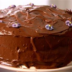 Try this Old-fashioned Chocolate Cake recipe by Chef Nigella Lawson. This recipe is from the show Nigella Feast. Chef Nigella Lawson, Beautiful Chocolate Cake, Old Fashioned Chocolate Cake, Sweet Recipes, Cake Recipes, Food Network Recipes, Cooking Recipes, Dried Raspberries, Cake Ingredients