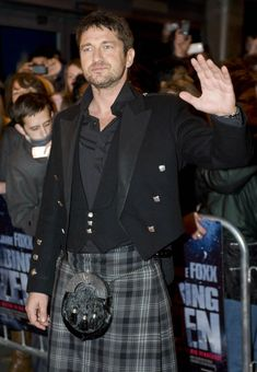 Maybe Gerard Butler could play Jamie. Or Dougal. In Outlander.