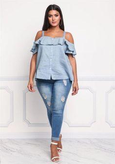 Plus size clothing plus size pinstripe cold shoulder blouse debshops plus s Plus Size Tips, Look Plus Size, Plus Size Jeans, Plus Size Women, Big Girl Fashion, Curvy Fashion, Plus Size Fashion, Xl Mode, Mode Plus