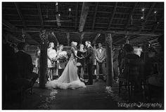 Slabhut Wedding ceremony- Emu Bottom Homestead  Photocredit: Lizzy C Photography
