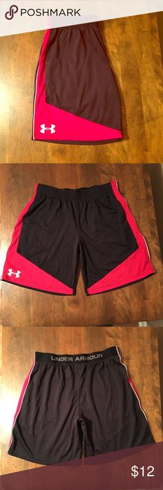 Men's Under Armour Heat Gear Athletic Shorts Men's Under Armour Heat Gear Loose Fit Athletic Shorts, Size Small (Youth XL). 100% Polyester. Black, Red & White. Worn once, Excellent Condition! Under Armour Shorts Athletic