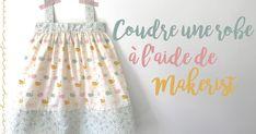 Le week-end dernier, j'ai eu envie de coudre une robe pour ma petite Lilo.  Débutante en couture, j'ai profité d'un cours Makerist ... Baby Couture, Textiles, Little Miss, Diy Flowers, Dressmaking, Reusable Tote Bags, Flower Girl Dresses, Aide, Sewing