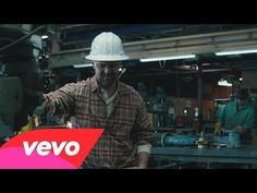 Forget bikinis and beer cans — Jason Aldean just put out a video for the true working man   Rare