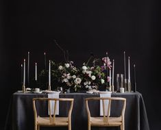Break tradition by using chic dark and moody florals at your fall or winter wedding like this elegantly dark floral centerpiece! Floral Centerpieces, Wedding Centerpieces, Wedding Decorations, Table Decorations, Centrepieces, Dark Color Palette, Dark Colors, Winter Wedding Receptions, Winter Weddings