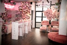 Nail Salon inspiration for Sol Beauty Co. Cerritos Ca Home Beauty Salon, Home Nail Salon, Nail Salon Decor, Beauty Salon Decor, Beauty Salon Interior, Salon Interior Design, Beauty Bar, Pink Nail Salon, Beauty Salon Design