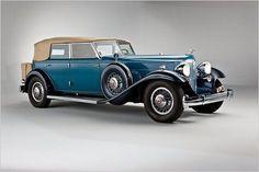 1932 Packard Twin Six Convertible Sedan