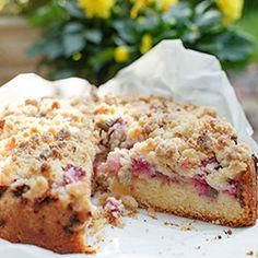 Ciasto z rabarbarem i kruszonką   Kwestia Smaku